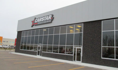 CARSTAR Red Deer South (above) was designed and built to work in conjunction with the existing CARSTAR location in Red Deer.