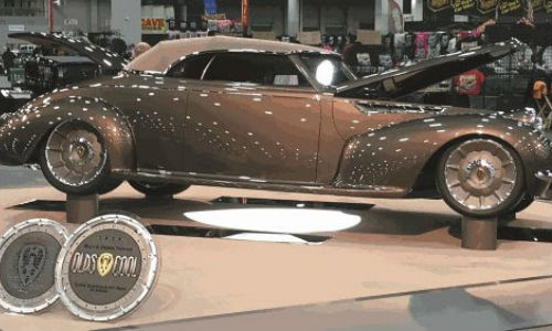 'Olds Cool,' painted by Charley Hutton with PPG products. The vehicle has won the Ridler Award at Detroit Autorama.