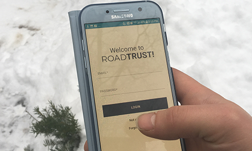 A user logs into RoadTrust to call for assistance.