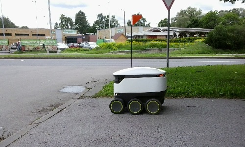 Starship Technologies' delivery robot.